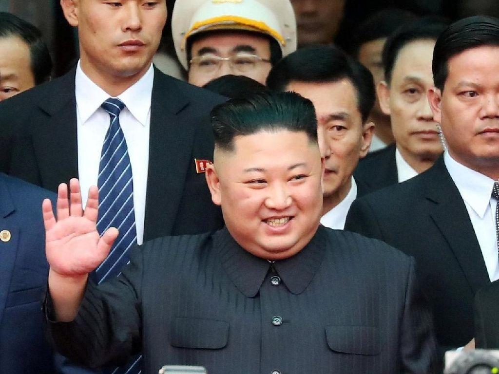Disambut Meriah, Begini Momen Kedatangan Kim Jong-Un di Vietnam
