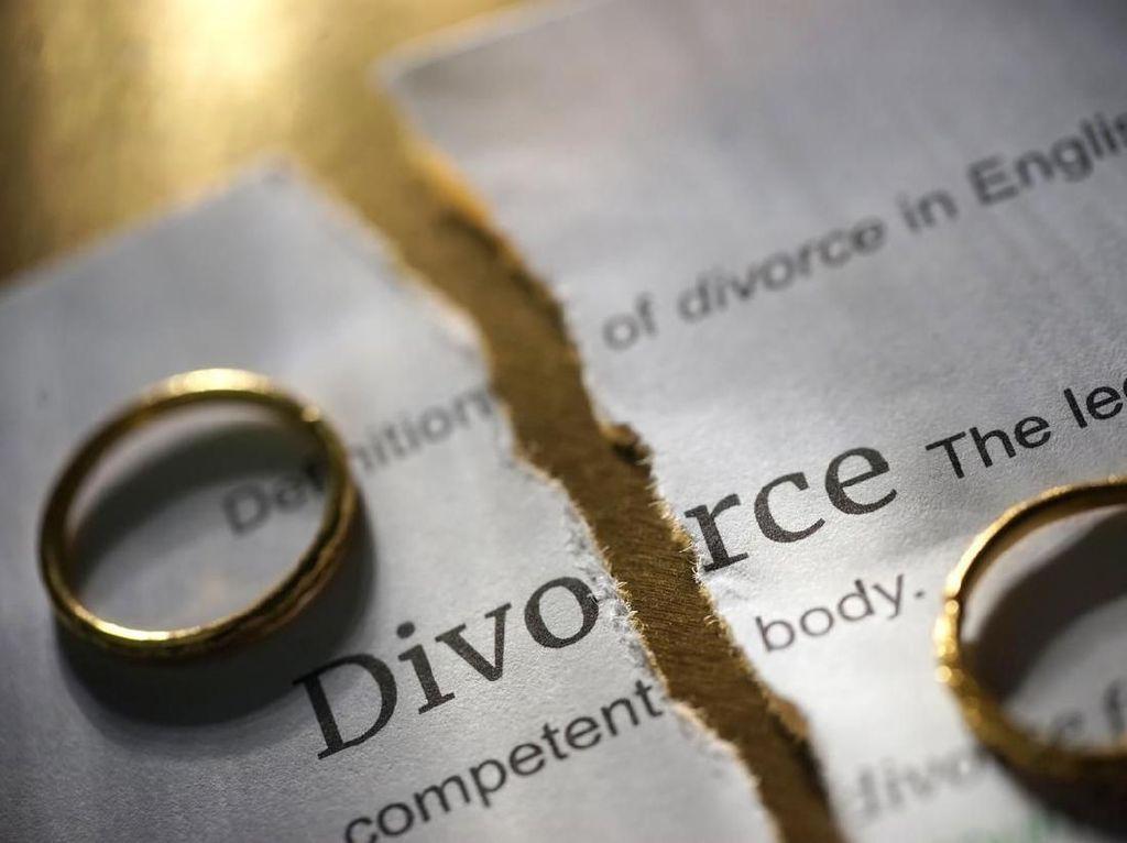 Dipoliandri dan Diporotin, Suami Ayu di Ngawi Gugat Cerai ke Pengadilan