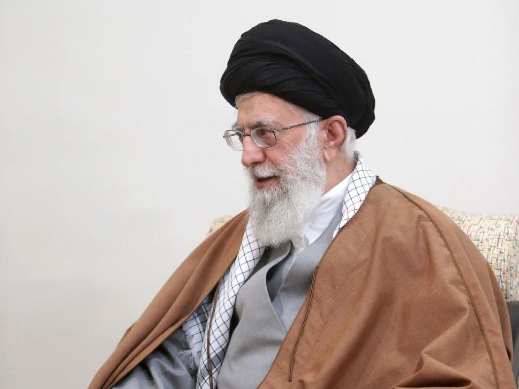 Kesehatan Memburuk Berimbas Isu Serah Jabatan Pemimpin Tertinggi Iran