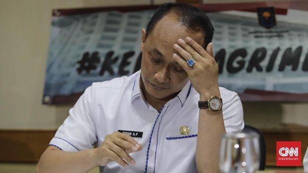 Direktur Jenderal Kependudukan dan Catatan Sipil (Dirjen Dukcapil) Zudan Arif Fakrulloh memberikan klarifikasi mengenai KTP Elektronik Warga Negara Asing. Jakarta, Rabu, 27 Februari 2019.  CNN Indonesia/Adhi Wicaksono