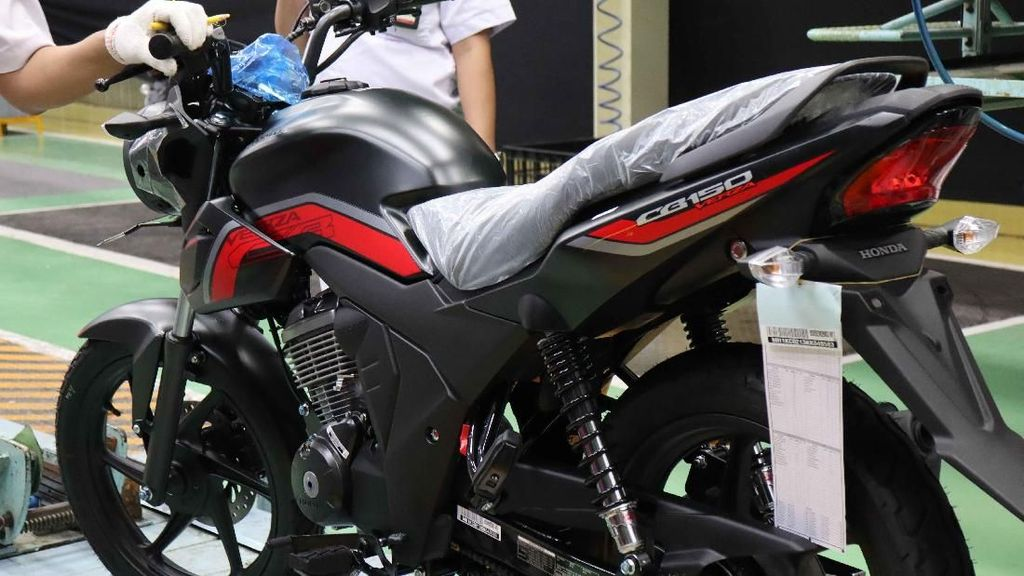 Honda CB150 Verza Makin Macho Nih Bro!