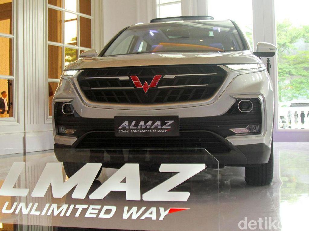 Wuling Almaz Masih Sanggup Asapi Honda CR-V Turbo