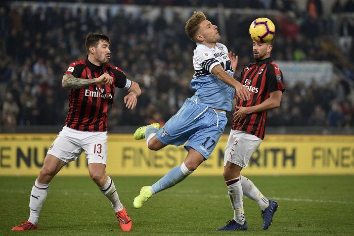 Lazio vs Milan berakhir 0-0 di leg I semifinal Coppa Italia. Foto: Marco Rosi/Getty Images