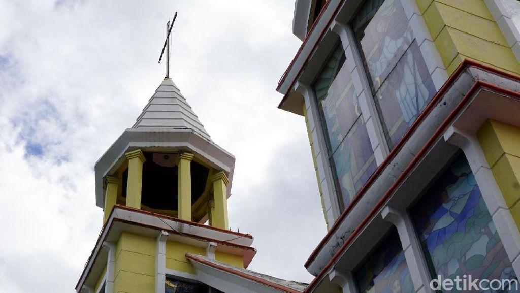 Foto: Gereja Berusia 1 Abad Lebih di Bitung