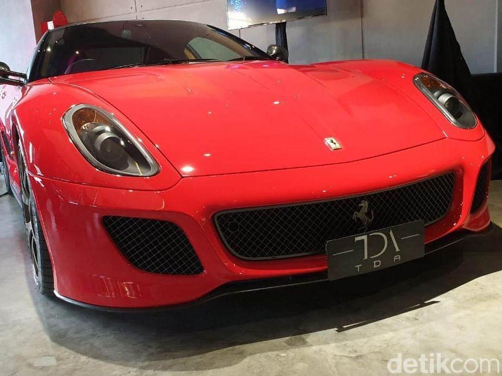 Ferrari Sudah Bekas Saja Tembus Belasan Miliar Rupiah