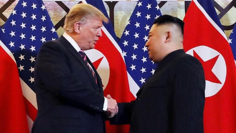 Antiklimaks Pertemuan Trump dan Kim Jong