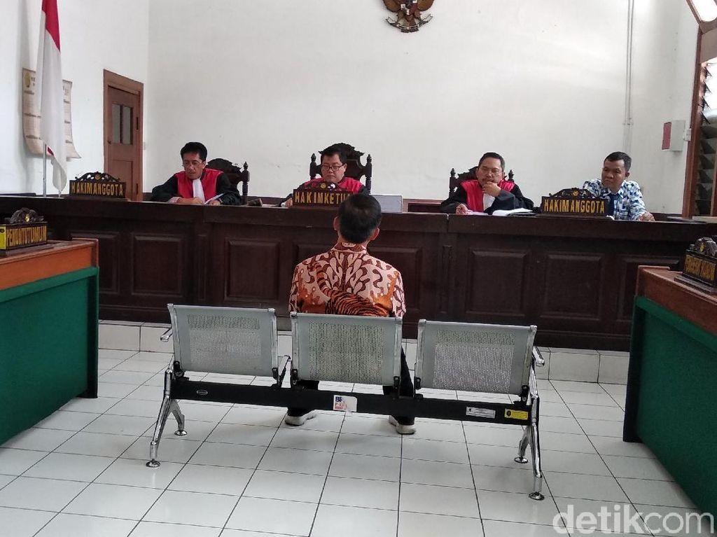 Bupati Cirebon Sunjaya Sumbang Acara Parpol Pakai Duit Suap