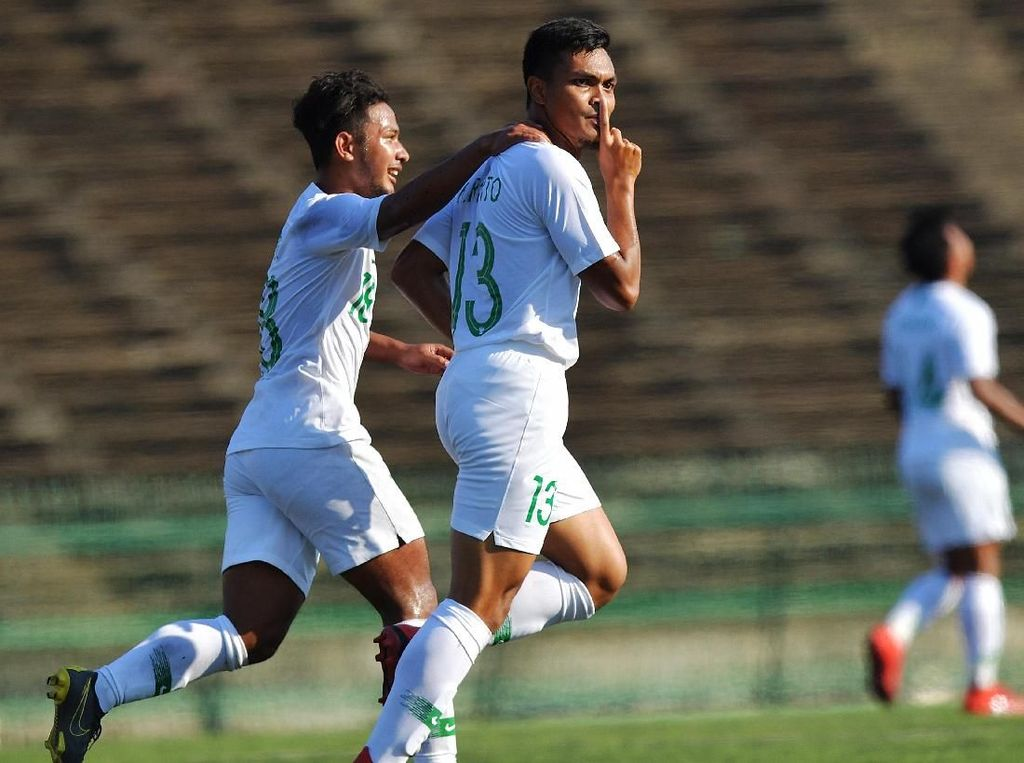 Serba Pertama dari Rachmat Irianto di Piala AFF U-22