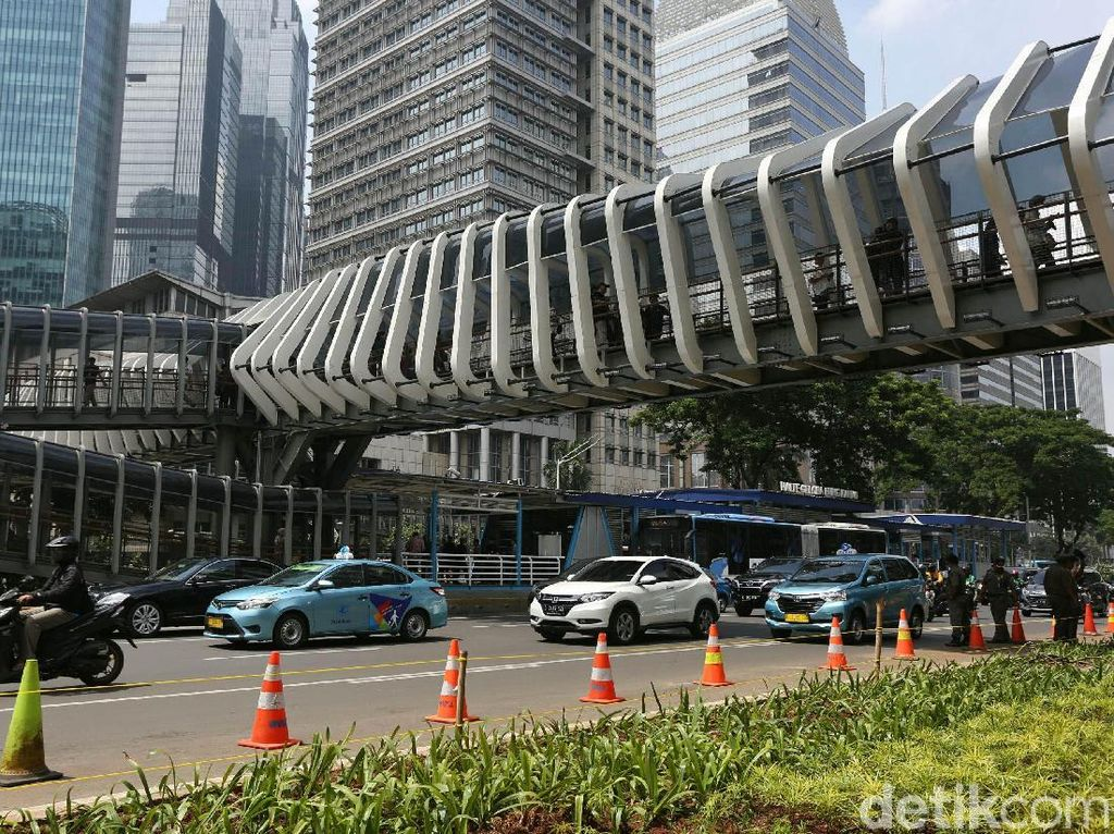 Setelah di Sudirman, 2 JPO akan Dibangun dengan Dana KLB