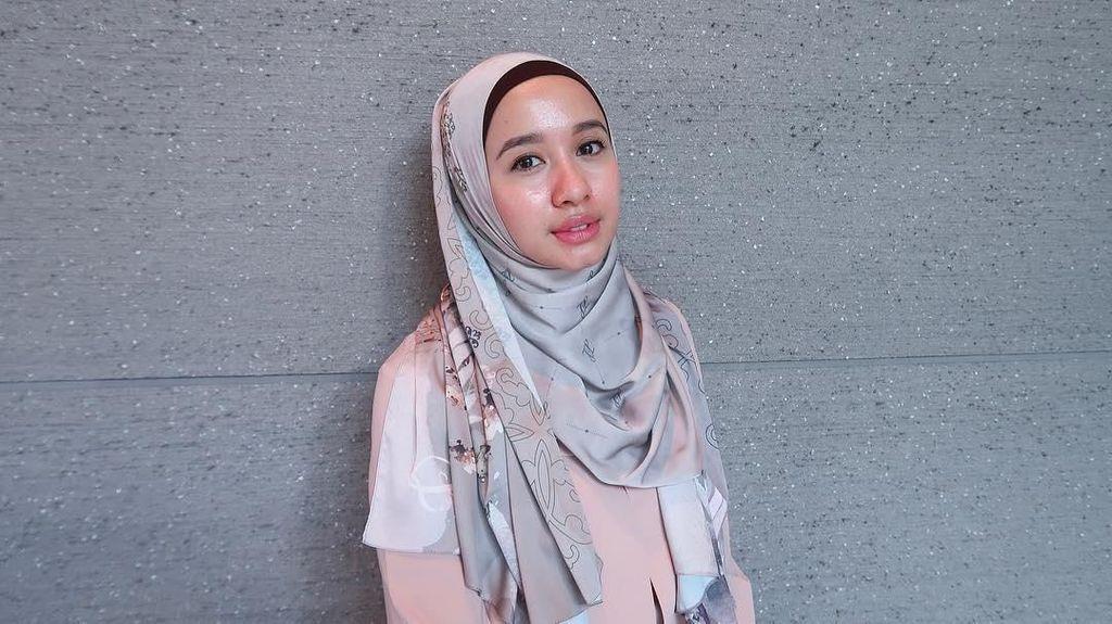 Lama Tinggal di Malaysia, Ini Perubahan Gaya Hijab Laudya Cynthia Bella