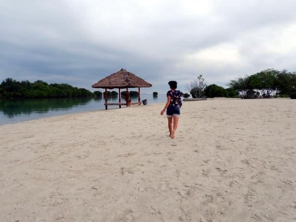 Pulau Pari, Sedikit Hiburan di Utara Jakarta