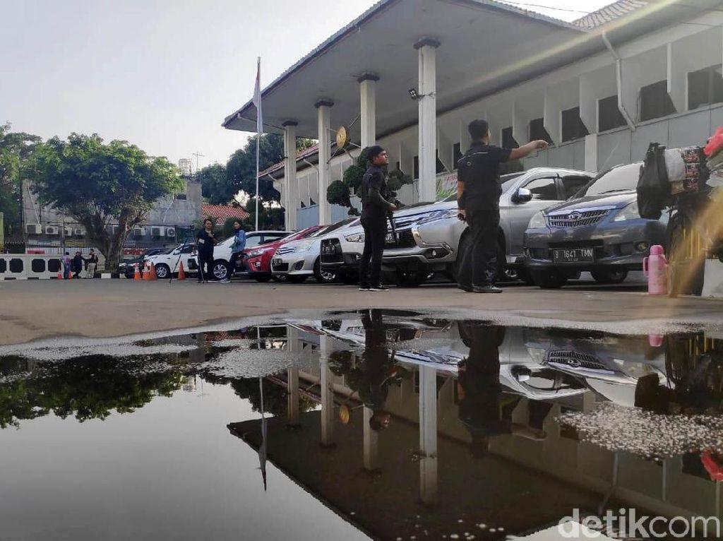 Suasana PN Jaksel Jelang Sidang Perdana Ratna Sarumpaet