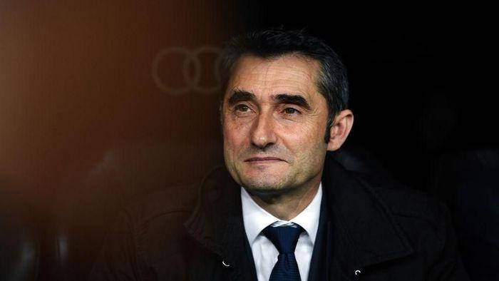 Ernesto Valverde menilai Xavi Hernandez bisa jadi pelatih Barcelona di masa depan (Foto: David Ramos/Getty Images)
