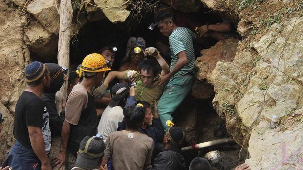 Kejadian longsor di penambangan Bolaang Mongondow pada Februari 2019. (