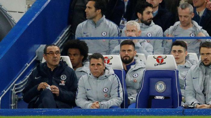 Maurizio Sarri mencadangkan Kepa Arrizabalaga saat Chelsea menang atas Tottenham Hotspur (Foto: Peter Nicholls/Reuters)