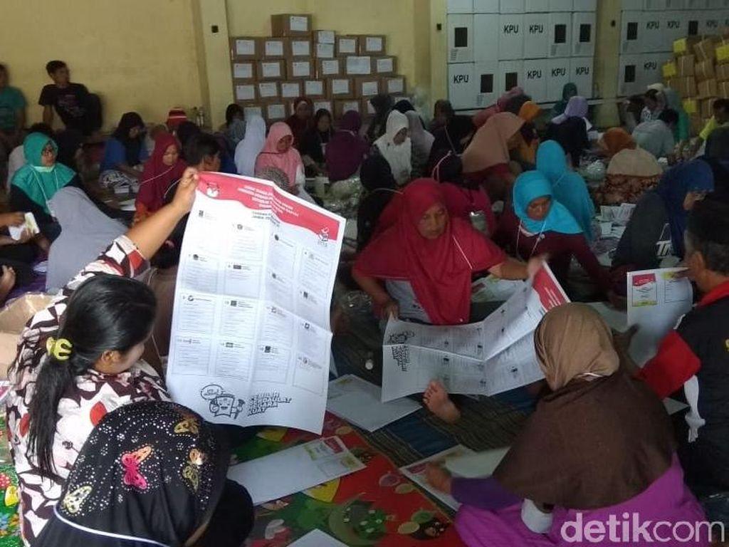 KPU Magelang Temukan 25 Ribu Lebih Surat Suara Tak Layak