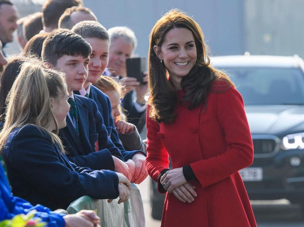 Kate Middleton Ingin Anak ke-4, Pangeran WIlliam Keberatan?