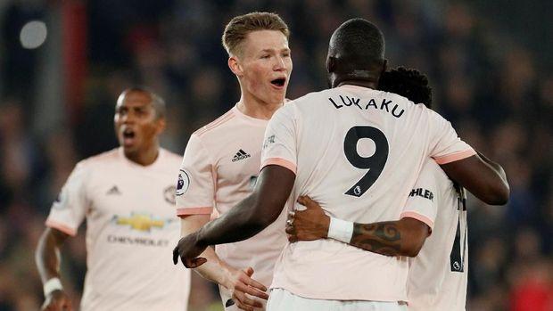Manchester United Siap Datangkan 3 Pemain Baru Musim Depan