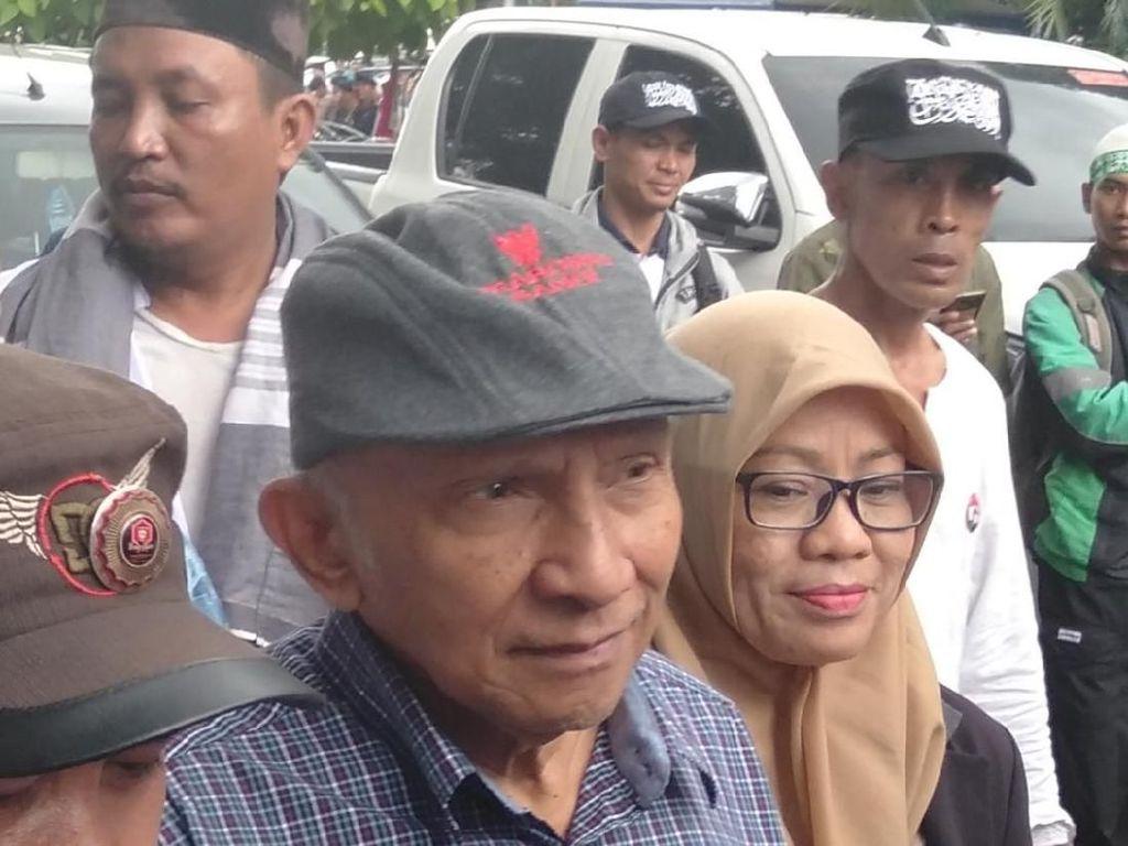 Audiensi dengan KPU, Amien Rais Diminta Copot Pet Prabowo-Sandi