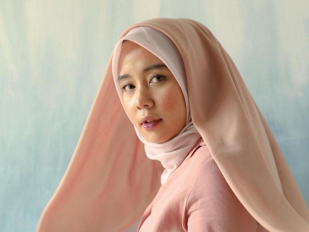 Inovatif, Muslimah Indonesia Ini Bikin Sabun Cuci Hijab dengan Bahan Alami