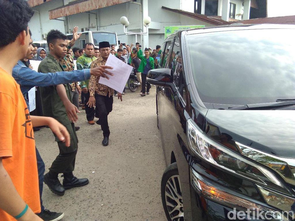 Beri Kuliah Umum di Aceh, Menteri ATR Didemo soal Lahan
