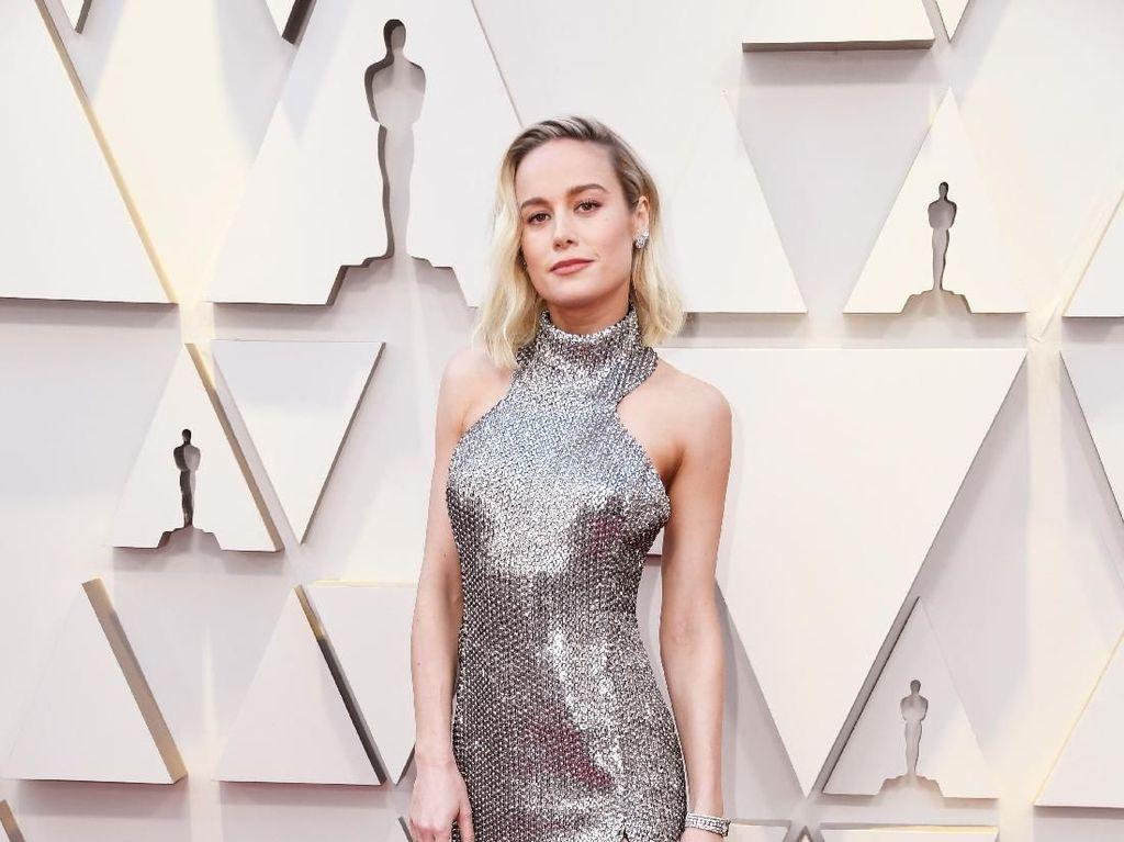 7 Gaya Brie Larson, Superhero Ter-Stylish Pemeran Captain Marvel