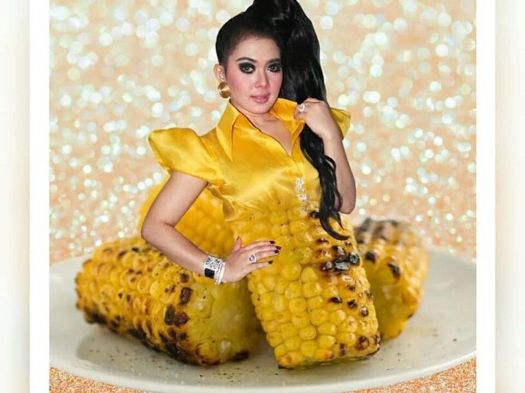 Netizen Edit Gaun Syahrini yang Disamakan dengan Warna Makanan