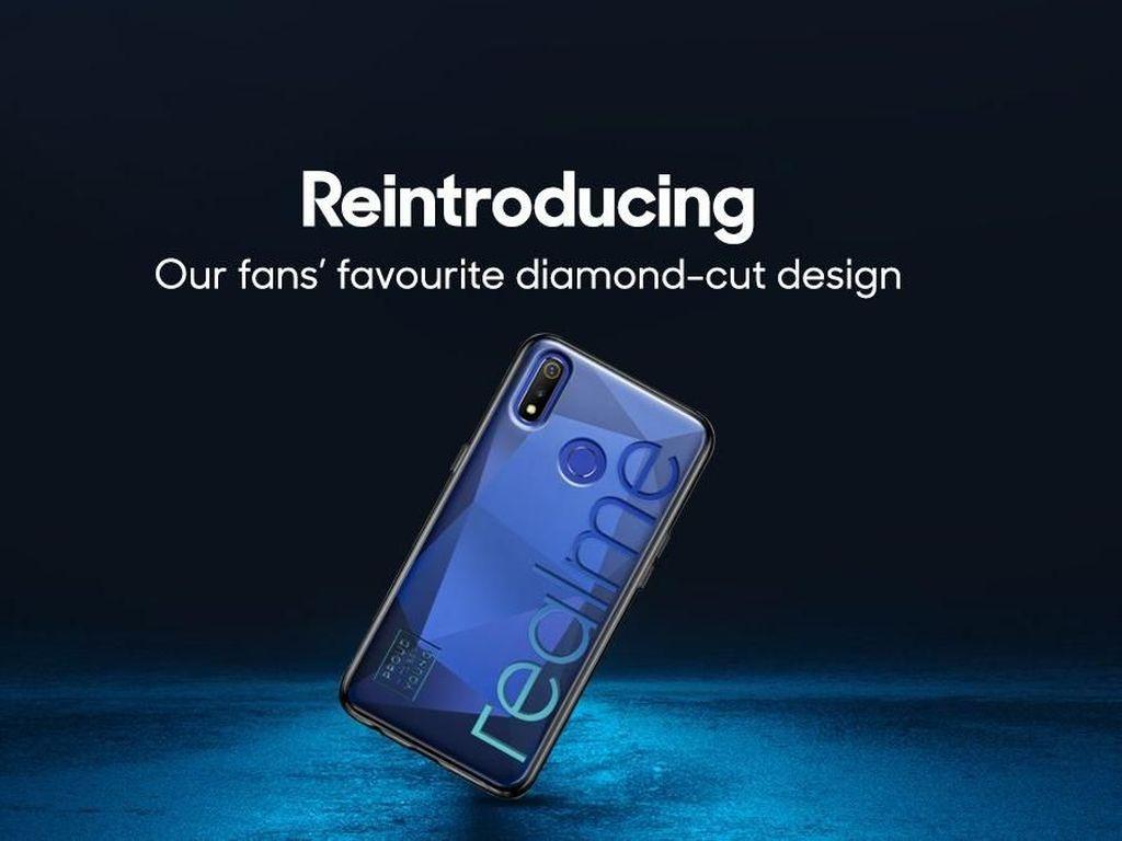 Realme 3 Pro Meluncur Bareng Realme 3?