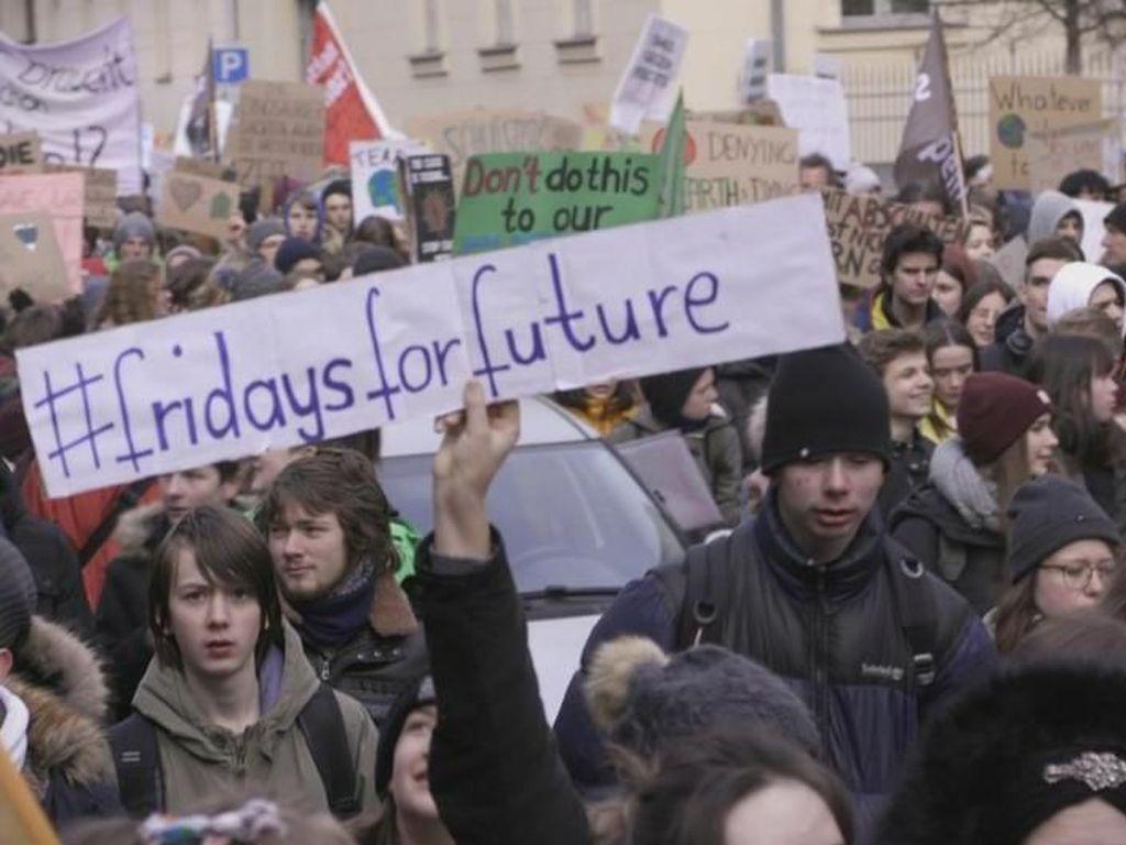 Ribuan Siswa di Hamburg Gelar Unjuk Rasa Untuk Perlindungan Iklim
