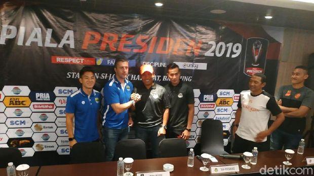 Konferensi pers Piala Presiden 2019 Persib Bandung melawan Tira Bersikabo.