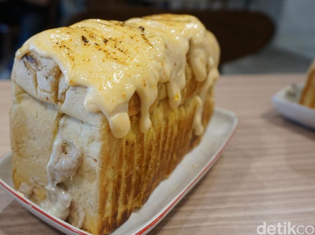 Serba Mentai! Ada Roti Tuna dan Dim Sum Berbalut Saus Gurih Creamy