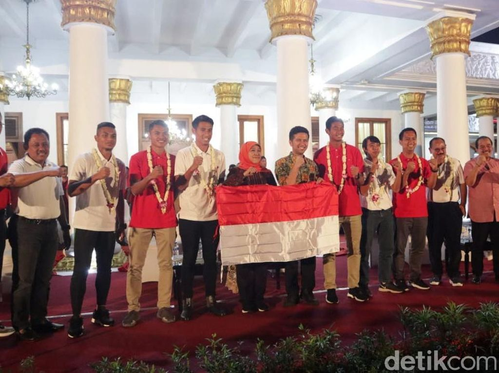 Gubernur Jatim Tambah Bonus 4 Pemain Timnas Indonesia U-22