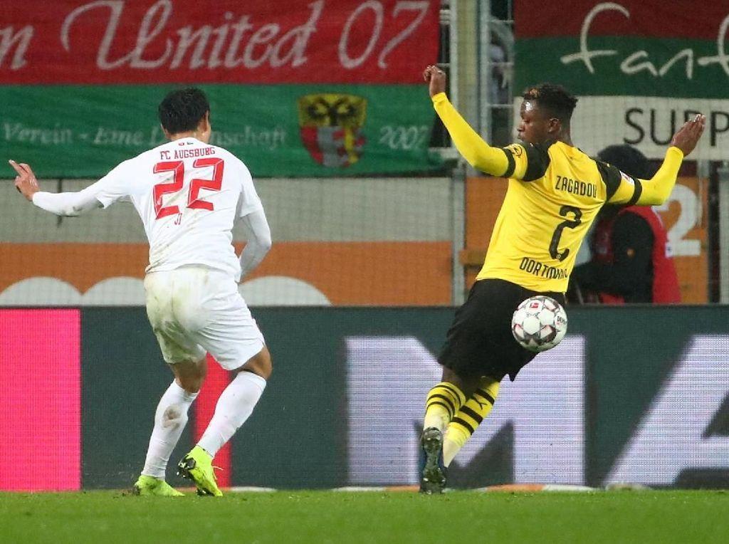 Ji Dong Won jadi Mimpi Buruk Dortmund