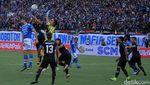 Dua Gol Osas Saha Kalahkan Persib 1-2 di Laga Perdana Piala Presiden