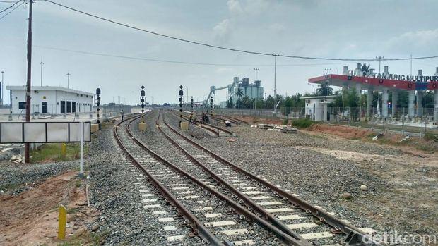 Pelabuhan Kuala Tanjung Terhubung Kereta Api ke Sei Mangkei