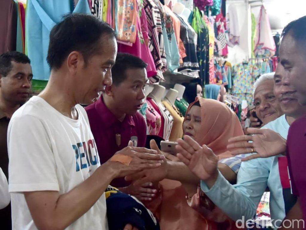 Tangan Terluka karena Jokowi Jadi Rebutan