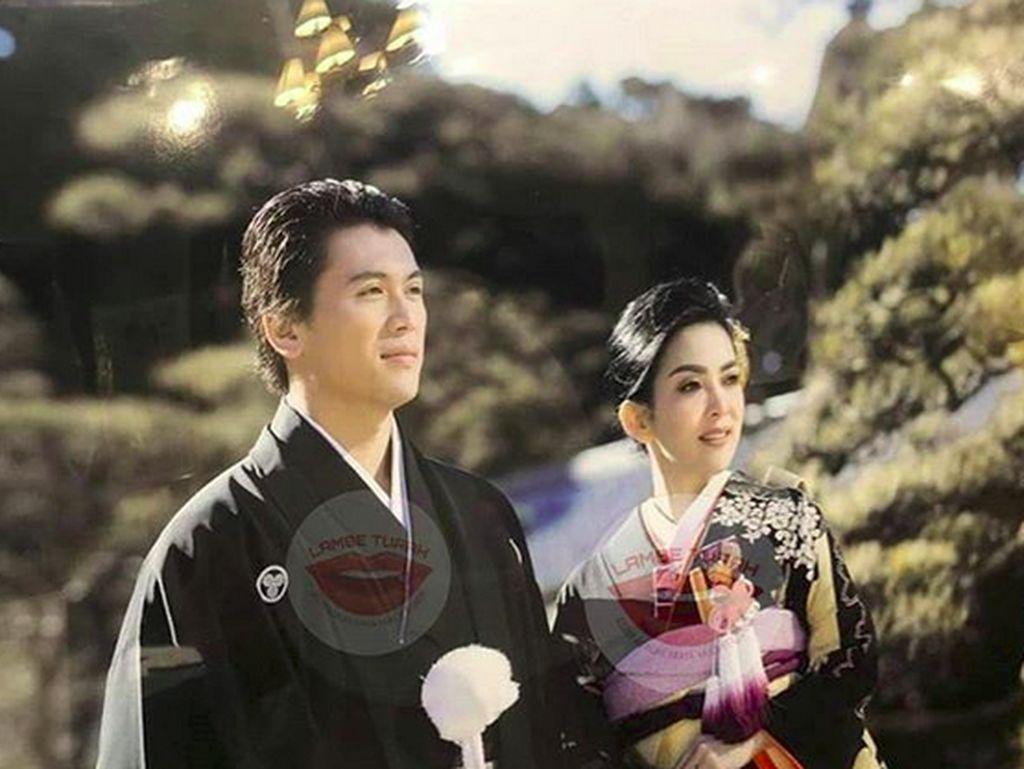 Menikah di Tokyo, Syahrini dan Reino Barack Kini Berbalas Caption Romantis