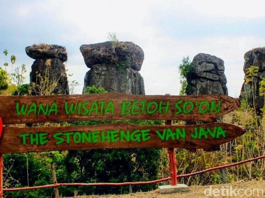 Ini Lho Kembaran Stonehenge di Bondowoso