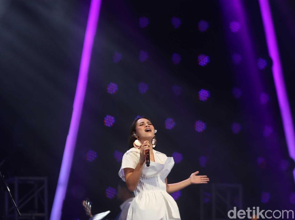 Curhat Andien di BNI Java Jazz Festival 2019