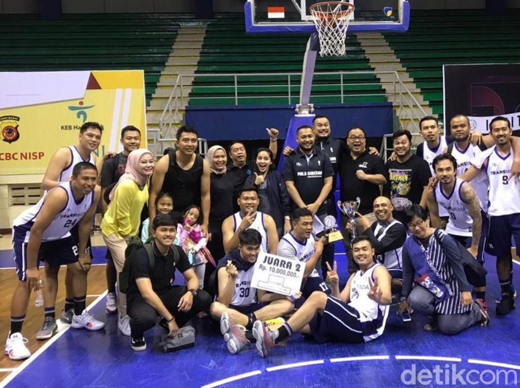 Transmedia Runner Up Basket Piala Gubernur Jabar
