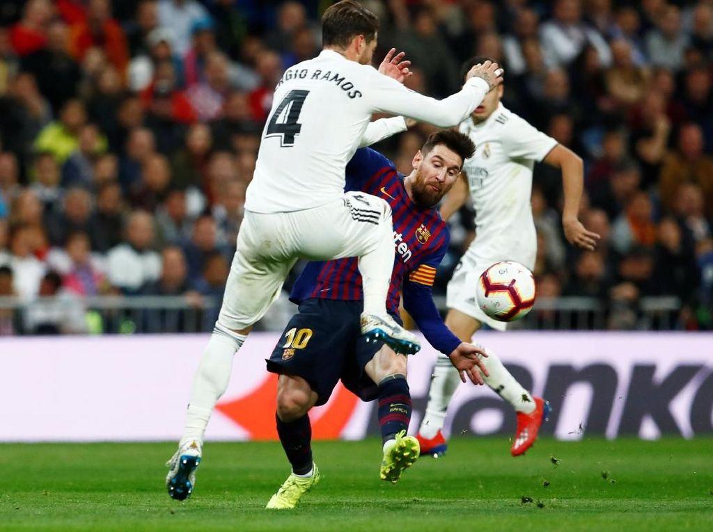 Soal Sikutan, Sergio Ramos: Messi Lebay