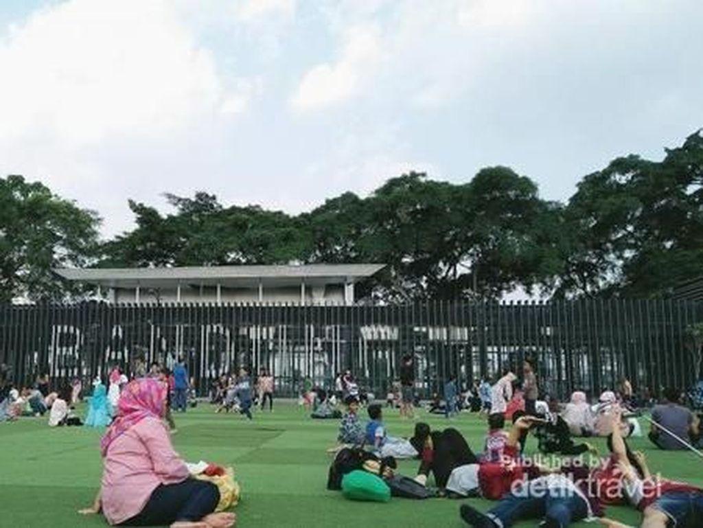 Alun-alun Bandung Selalu Cantik, Ini Alasannya