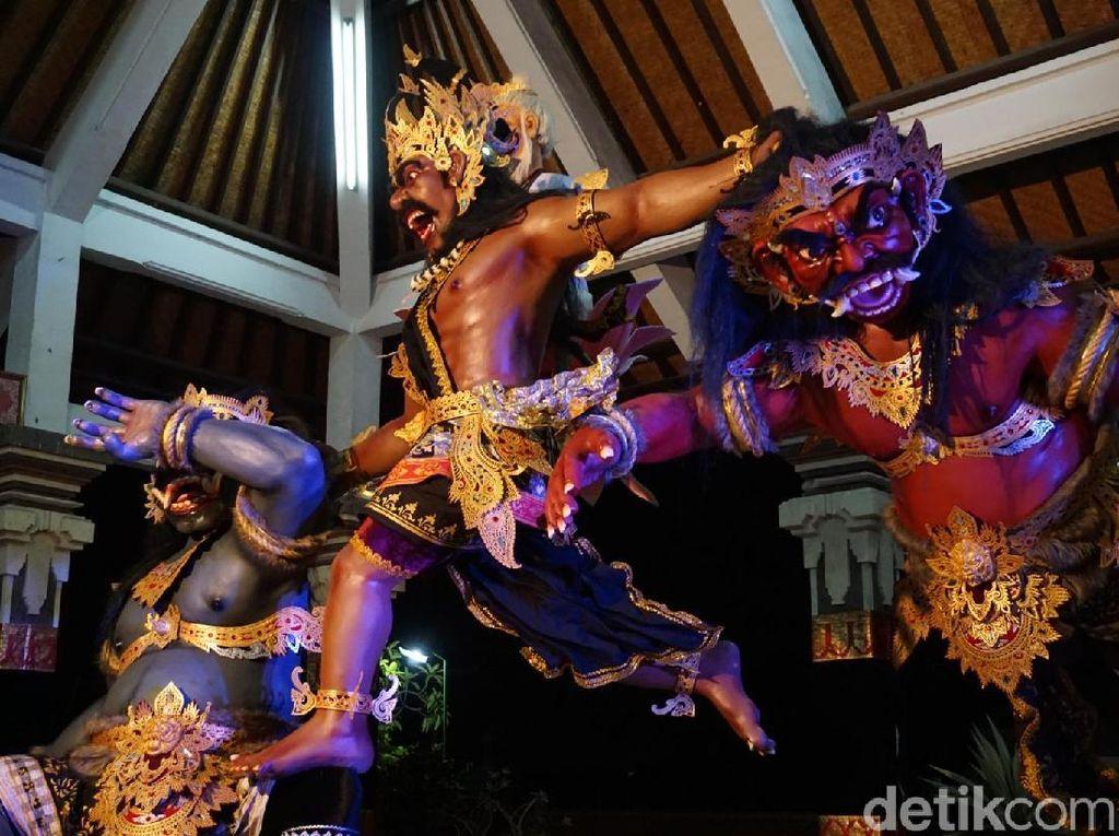 Keren! Ogoh-ogoh di Bali Bergerak dengan Perintah Suara