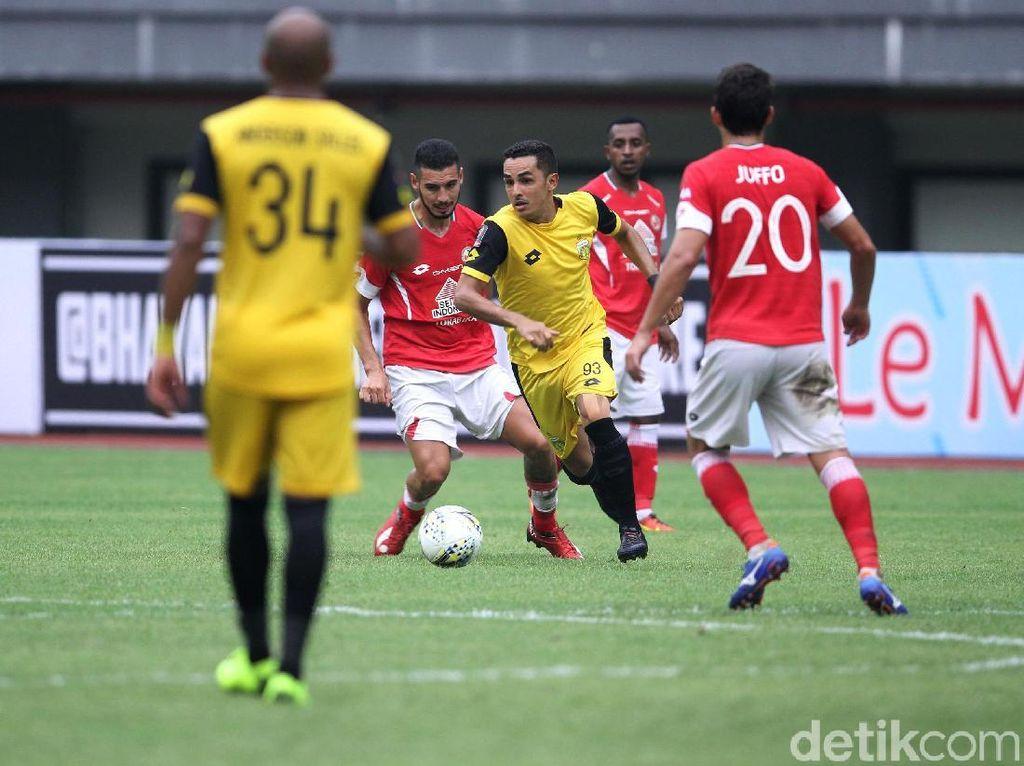 Bhayangkara FC Hajar Semen Padang 4-2