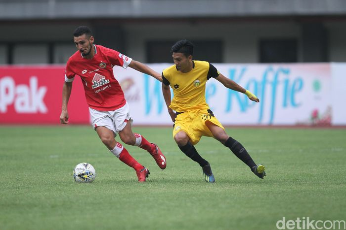 Bermain di Stadion Patriot Chandrabhaga, Bekasi, Minggu (3/3/2019), Bhayangkara FC mampu unggul atas Semen Padang sejak menit ke-9.