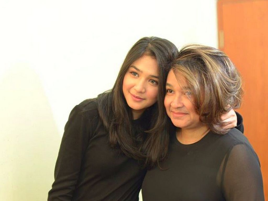 Susul Maudy Ayunda, Mikha Tambayong Diterima di Harvard University