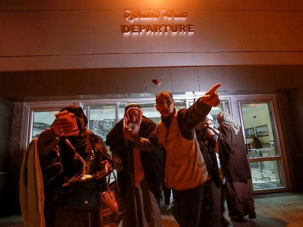 Pertama dalam 5 Tahun, 800 Jemaah Palestina Umrah ke Mekah via Mesir