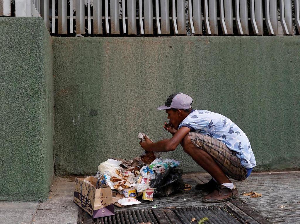 Dampak Krisis Venezuela, Warga Cari Makan di Tempat Sampah