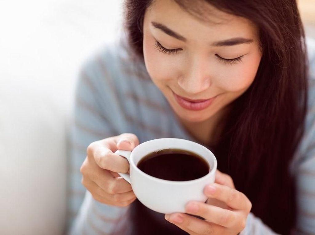 Sahur Langsung Minum Kopi? Ini Bahayanya untuk Kesehatan