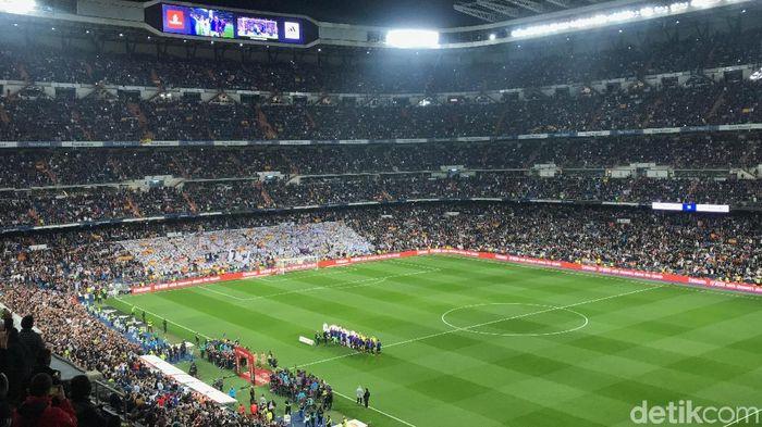 Suasana di dalam Santiago Bernabeu beberapa saat sebelum kickoff El Clasico (M Resha Pratama/detikSport)